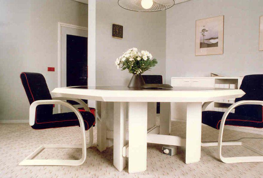 Eigen ontwerp kantoor meubel lijn jacques de kort interieurarchitect jacques de kort - Meubel lijn roset ...